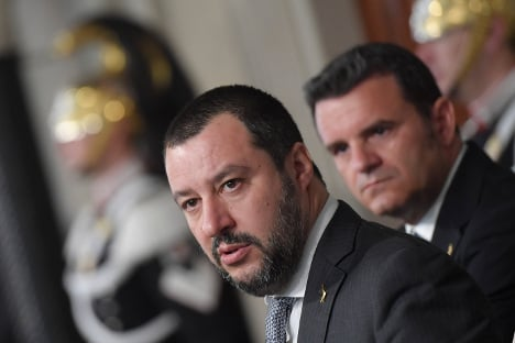 Italy's political heavyweights dig in heels at government talks