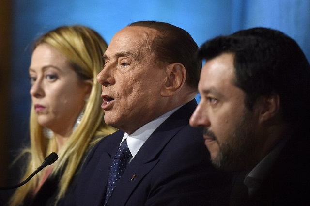 Italy's right wing prepares united front ahead of further government talks