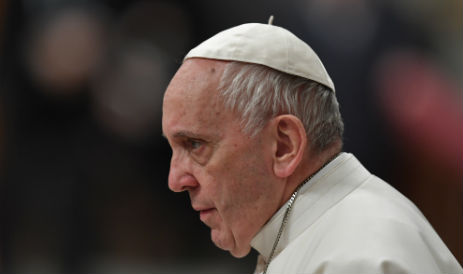 Pope shows support for terminally-ill British toddler