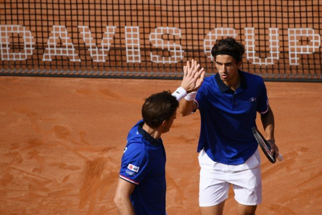 Defending champs France up 2-1 over Italy in Davis Cup