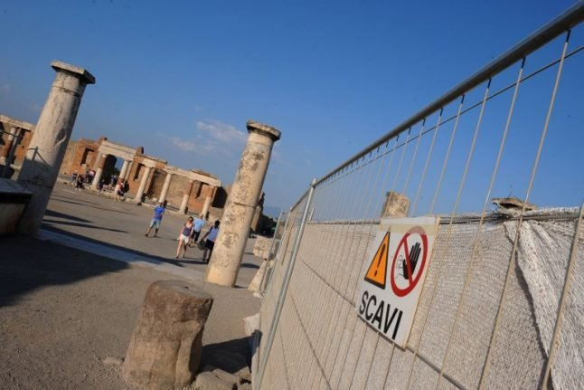 Tourist fined for stealing ancient artefacts from Pompeii