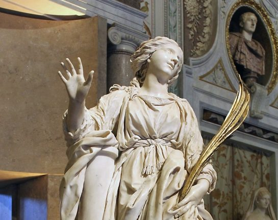 Bernini masterpiece loses a finger on its way back to Rome church