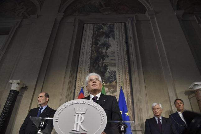 Italy's choice: 'neutral' government or snap elections