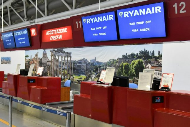 Italy fines Ryanair for mass flight cancellations