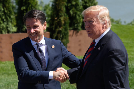 Trump praises Conte as 'very strong' on immigration