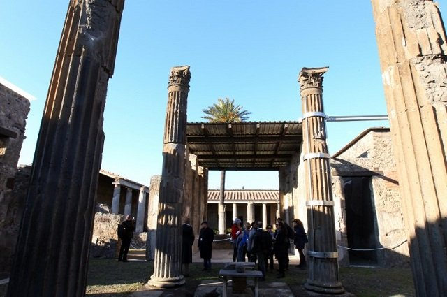 Italy to scrap free monthly museum entry