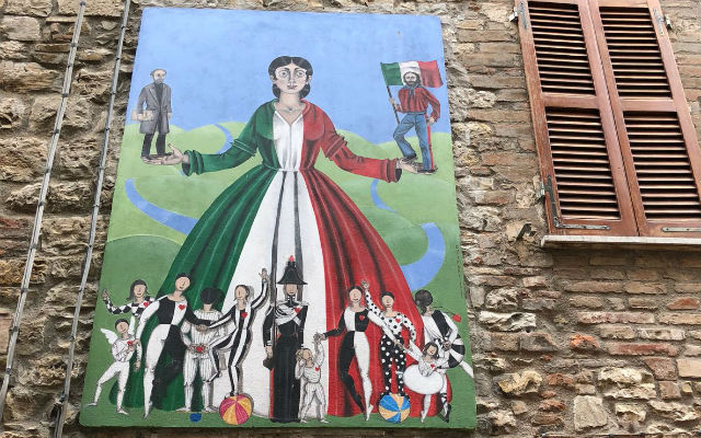 IN PICTURES: Up one's street: Five Italian towns with painted murals