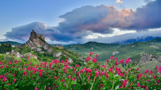 You can hire a fairytale castle for weddings in Abruzzo, Italy for just €100