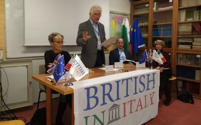 British in Italy plan emergency meeting as prospect of no-deal Brexit looms again