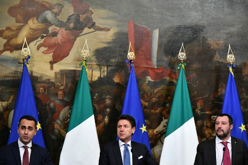 Italian government approves overhaul of welfare and pensions