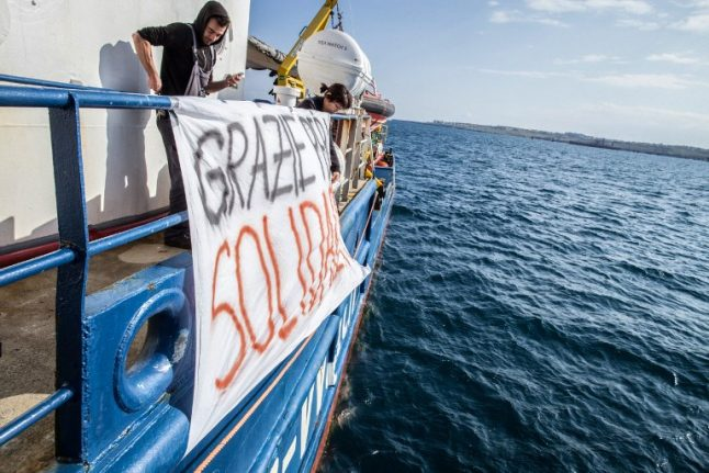 Sea Watch migrants to dock in Italy after 7 countries agree to take them in