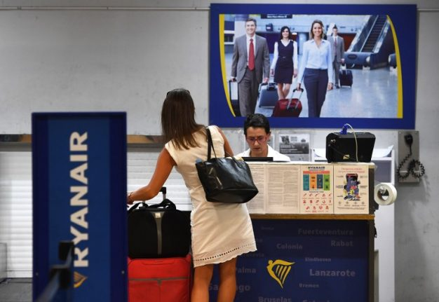 Italy fines Ryanair €3 million for charging for cabin bags