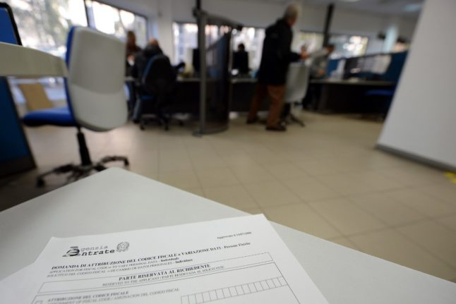 Italy busts 13,000 'total tax dodgers' for more than €3 billion