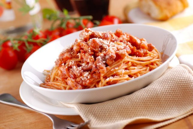 How to make authentic pasta all'Amatriciana