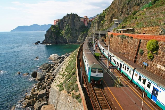 Cinque Terre town pushes train company to limit tourist numbers - The Local