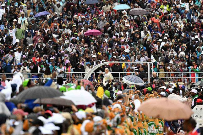 Pope to address environment in speech to crowd of 800,000