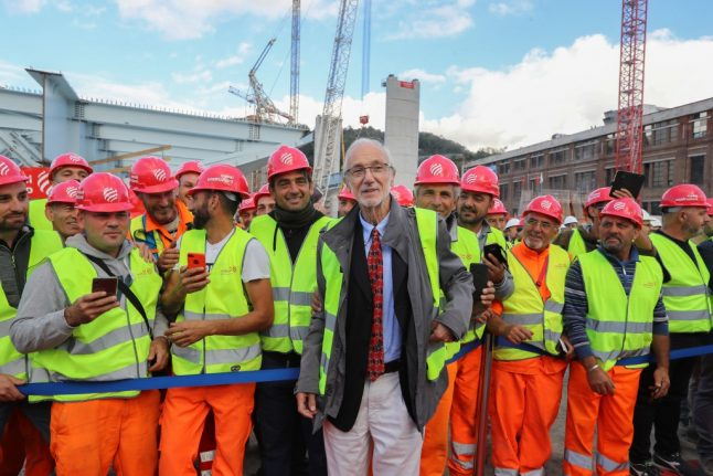 'Special day': First part of Genoa's new Renzo Piano bridge goes up