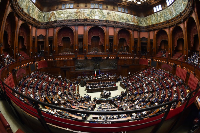 Italy votes to cut number of MPs and senators by more than a third
