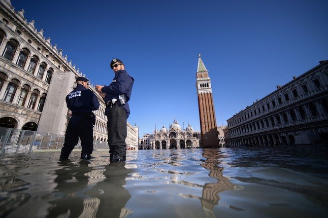 Floods in Italy: What to do when there's a weather warning