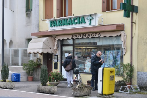 Coronavirus: The everyday precautions to take if you're in Italy