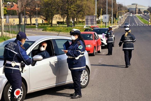 Italy extends expired residence permits, ID cards and driving licenses