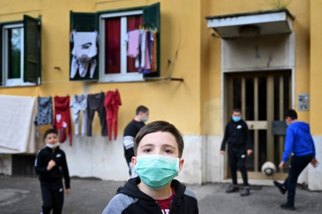 Coronavirus crisis leaves '700,000 children in Italy without enough to eat'