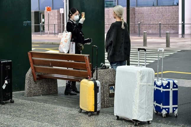 Italy bans hand luggage on flights 'for health reasons'