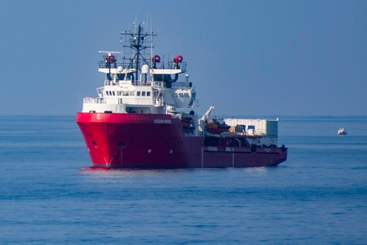 First migrant charity ship reaches Italy since pandemic