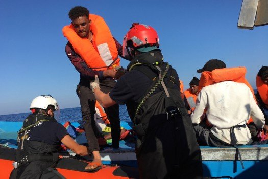 Over 500 migrants reach Italy's Lampedusa in two days