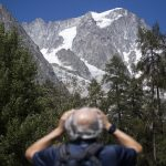 Tourists evacuated from Italian Alps over fear of falling ice from Mont Blanc