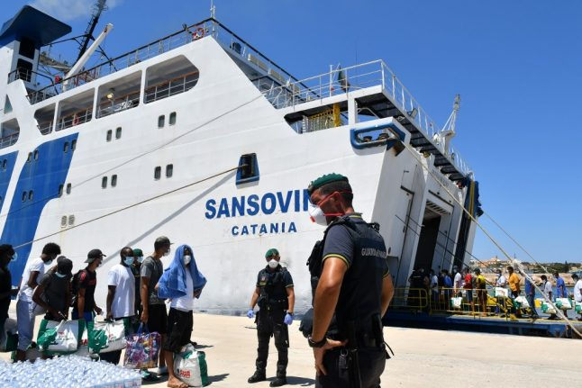Sicily can't shut down migrant detention centres, Italian court rules