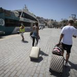 Italian regions order quarantine and testing for people returning from holidays abroad