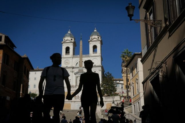 'We're not tourists': The separated US-Italian couples demanding change to Covid travel rules