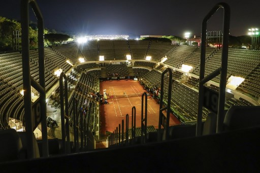Italy relaxes Covid rules to allow up to 1,000 fans at sporting events