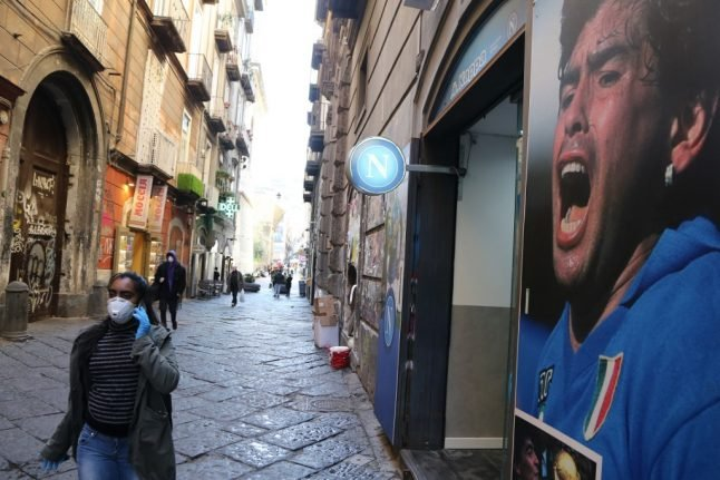 Covid-19: Naples orders tests on arrivals from abroad amid fears of local lockdown
