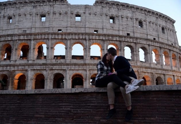 Italy approves travel ban exemption for separated international couples