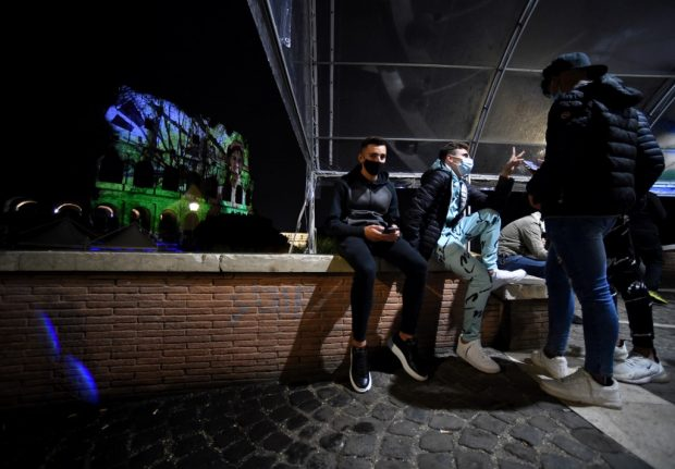 Italy targets crowds and nightlife as it tightens the coronavirus rules - again