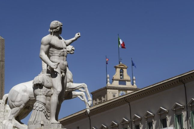 UPDATE: Brits in Italy to get EU biometric residence card from January