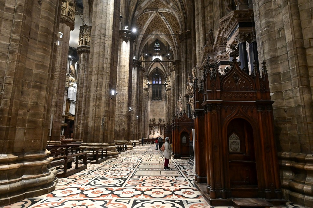 Milan reopens Last Supper and Duomo to visitors for first time in months