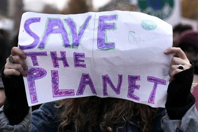 Climate campaigners sue Italian government for failing to tackle climate crisis