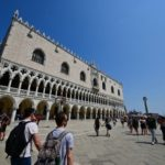 EXPLAINED: How has Italy changed its rules on travel from the US and Canada?