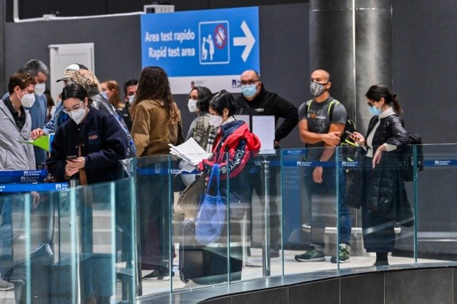 Italy extends quarantine requirement for travellers from UK