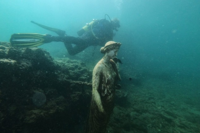 IN PICTURES: Baiae, the ancient Italian party town that now only divers can explore