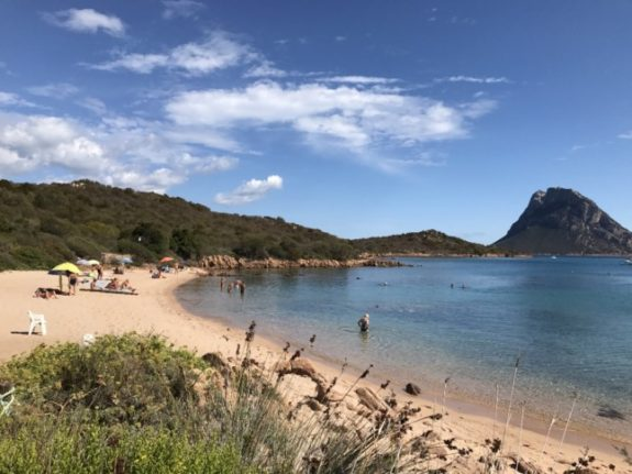 Theft of sand from Sardinia's beaches on the rise again – despite fines of up to €3,000