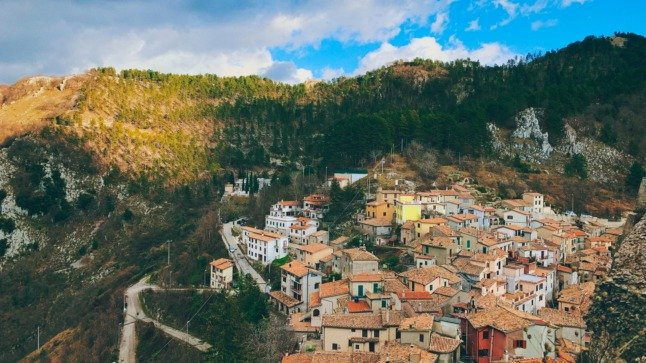 Remote workers wanted as investors target Italy's 'smart working' villages