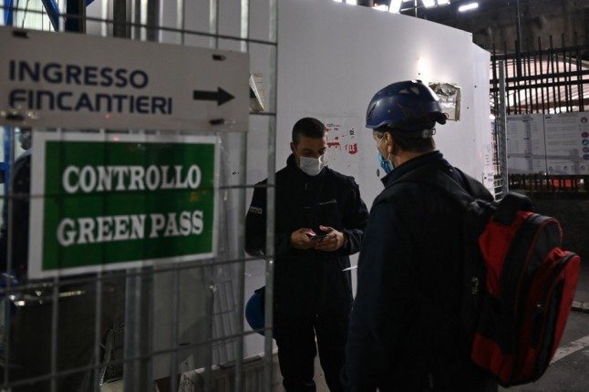 Covid green pass: Italy braces for protests as workplace requirement begins