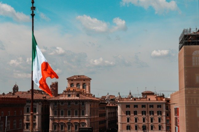 EXPLAINED: How to get an Italian work visa